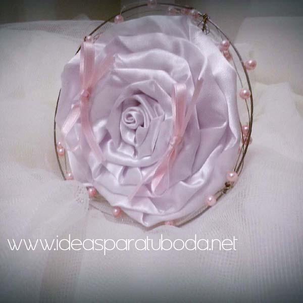 Porta alianzas para boda Pink