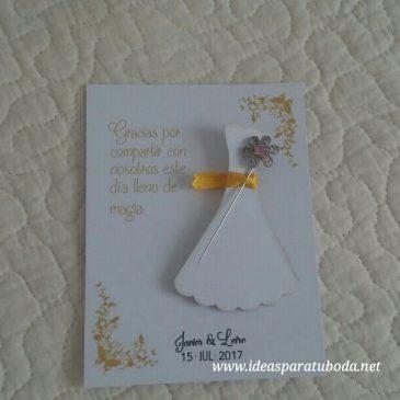 tarjetas alfiler boda vestido novia presentación