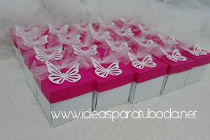 invitación comunión caja mariposa rosa