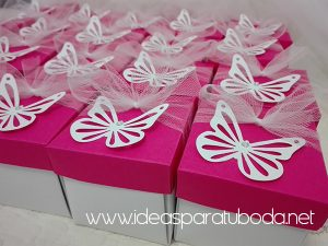 invitación comunión modelo caja mariposa