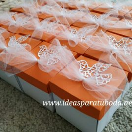 invitación CAJA COMUNIÓN naranja paloma happy