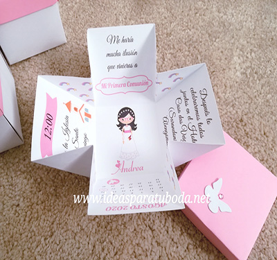 invitacion comunion rosa niña gafas diseño oringinal mariposa