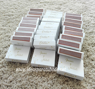 caja cerillas boda personalizada modelo corazones