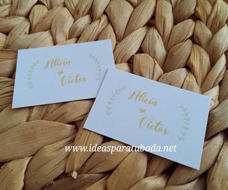 tarjeta regalo dorada detalles boda
